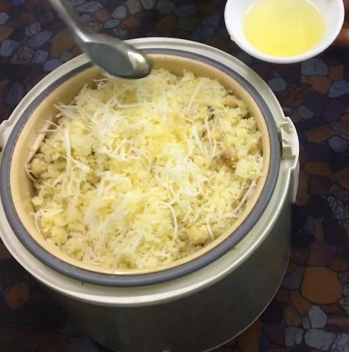 Nấu xôi vò đậu xanh bằng nồi cơm điện